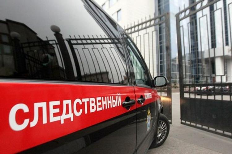 Бетонная плита придавила ребенка в Ростовской области