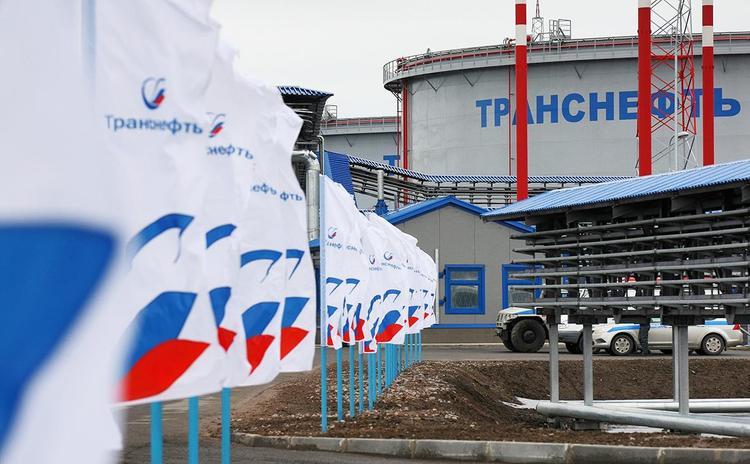 Нефтепроводчики отработали навыки ликвидации утечки нефти на реке Большая Сатка