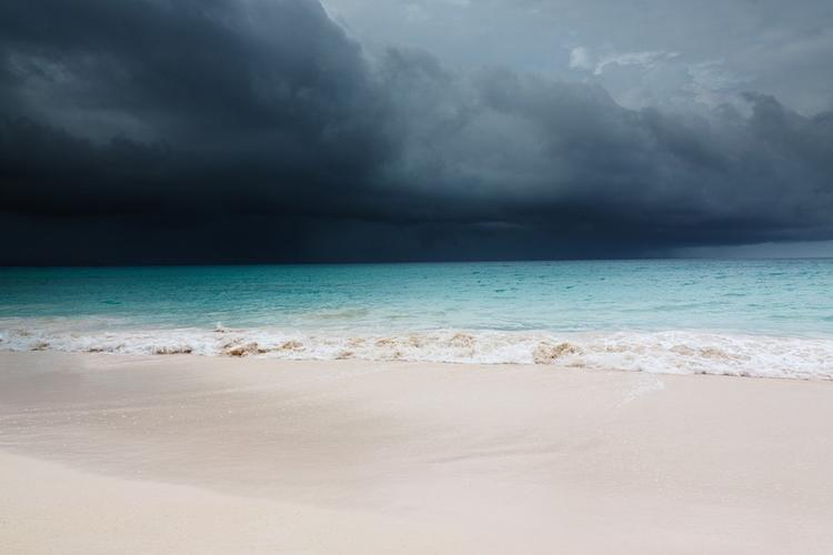 "Количество жертв урагана ""Дориан"" на Багамах достигло семи человек"