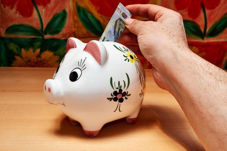 Мошенники придумали новый способ выманивать деньги у доверчивых россиян
