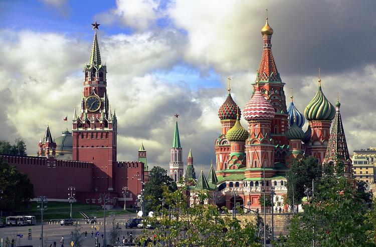 Синоптики предупредили о возможных дождях в Москве в День города
