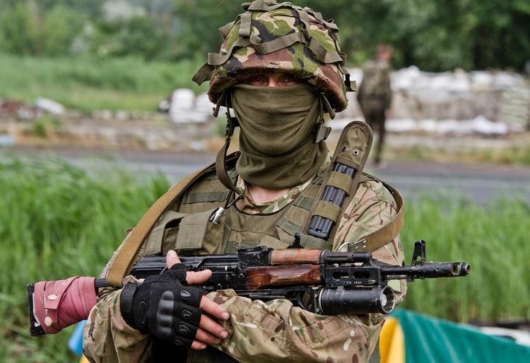 Националисты из украинского «Азова» уничтожили военных ДНР в бою под Горловкой