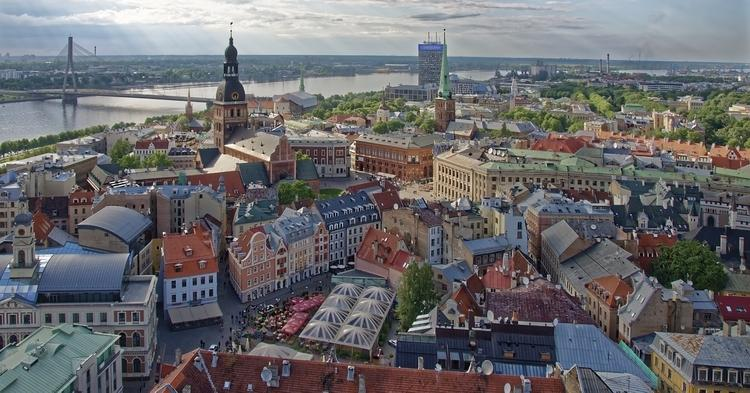 Граждан Латвии попросили не бояться трудовых мигрантов из Украины