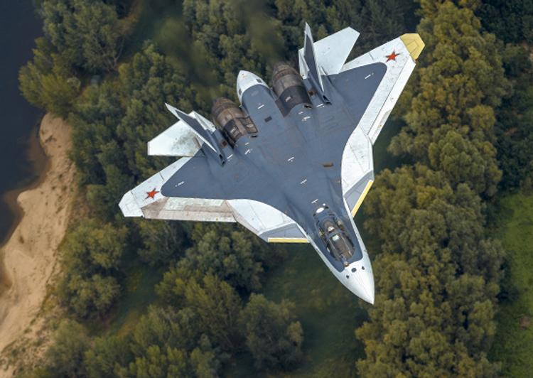 Летчик-испытатель назвал преимущества истребителя Су-57