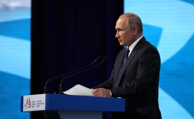 Путин убежден, что  отношения между Россией и Украиной полностью нормализуются