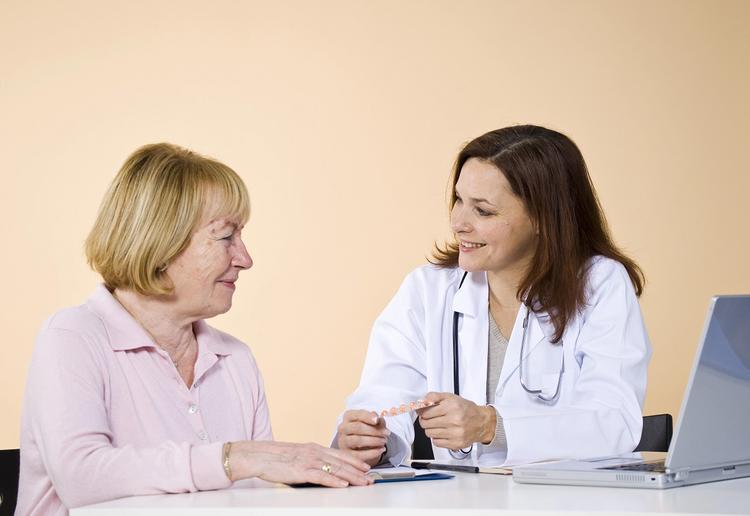 Семь возможных сигналов организма о скорой остановке сердца назвали медики