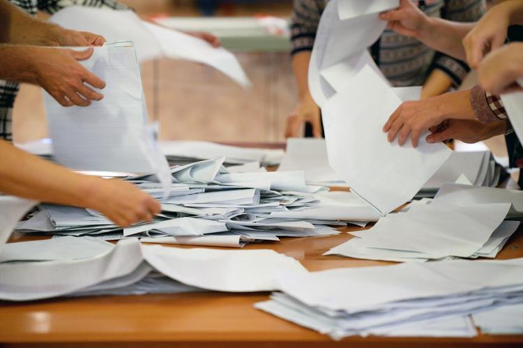 В Петербурге провели профессиональный инструктаж по фальсификации выборов