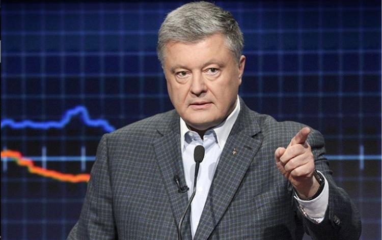 Порошенко разглядел на Украине «сворачивание демократии»