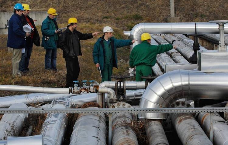 """Из нефтепровода """"Дружба"""" в Польше произошла утечка"""