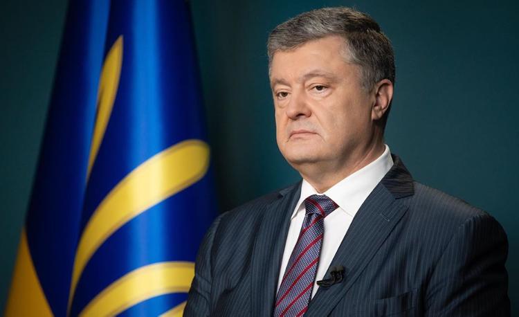 """Порошенко уверен, что за """"формулой Штайнмайера"""" последует снятие санкций с России"""