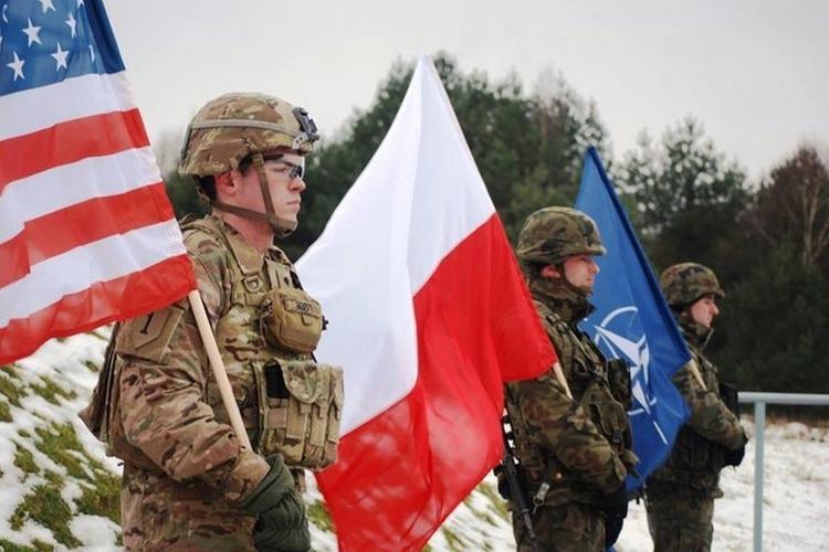 Зачем России эта Польша?