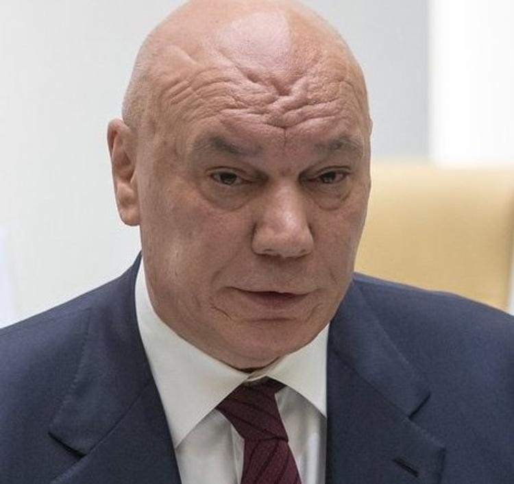 В Кремле не подтвердили  отставку главы ФСИН  Геннадия Корниенко