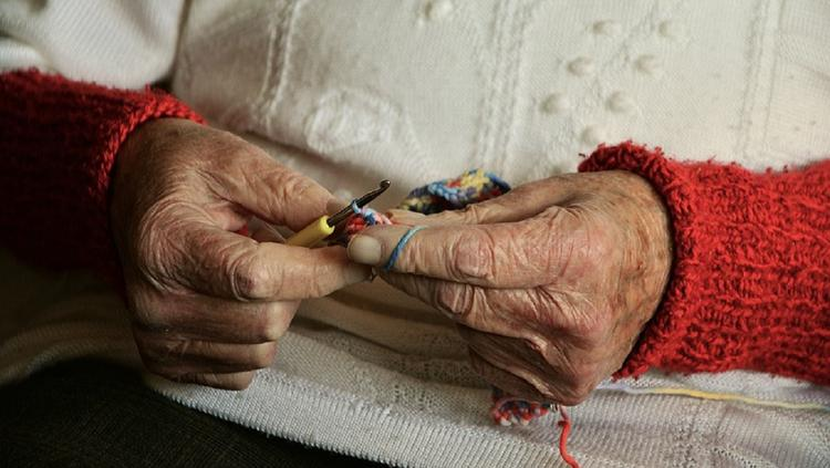 В Челябинске пенсионерка три года оплачивала кредит, который не брала