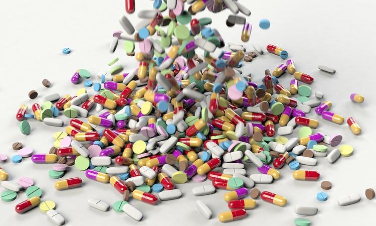 Врач: витамины  могут  увеличить  риск развития новообразований