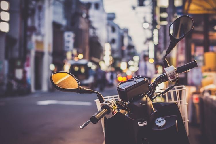 Чехов: мотоциклист влетел во внедорожник и погиб