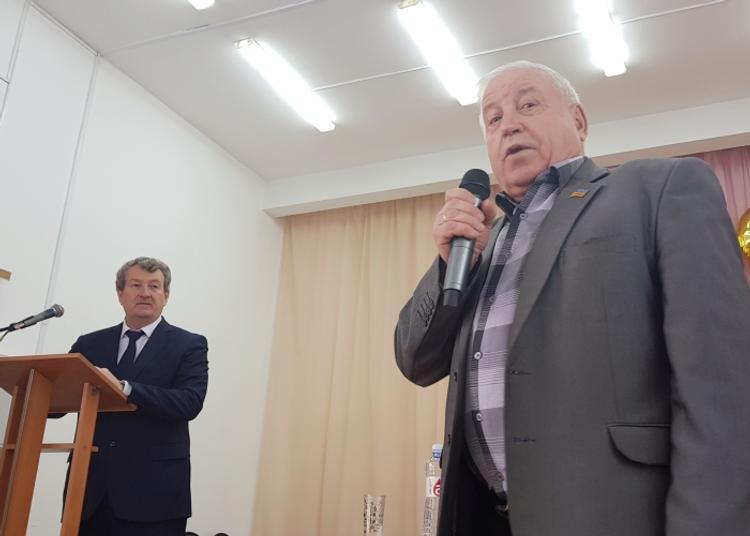 Анатолий Литовченко рассказал о социальных законах для селян