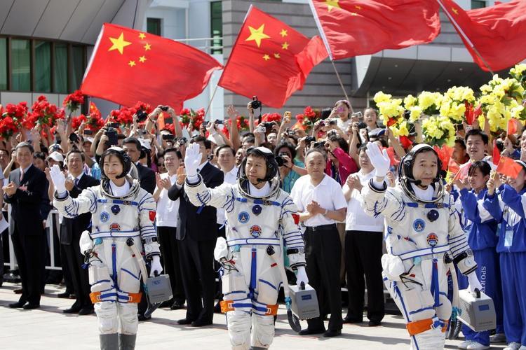 Китай при помощи России делает успехи в освоении Космоса