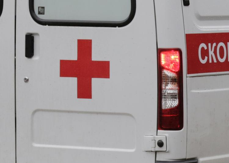Автобус врезался в столб в Самаре, есть пострадавшие