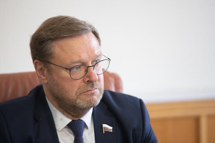 """Косачев назвал """"безобразной"""" ситуацию с задержанием Юмашевой в Нью-Йорке"""