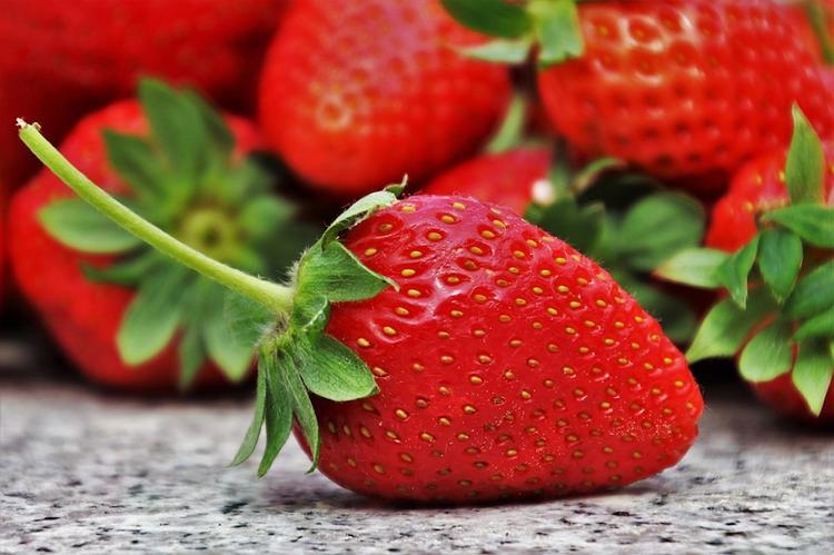 В фрукты в австралийских супермаркетах снова начали подбрасывать иглы