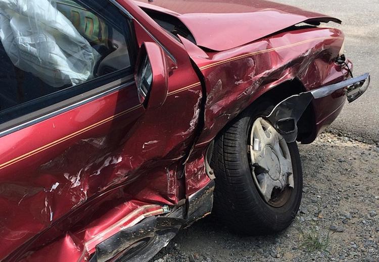 Четыре машины столкнулись на Киевском шоссе в Москве