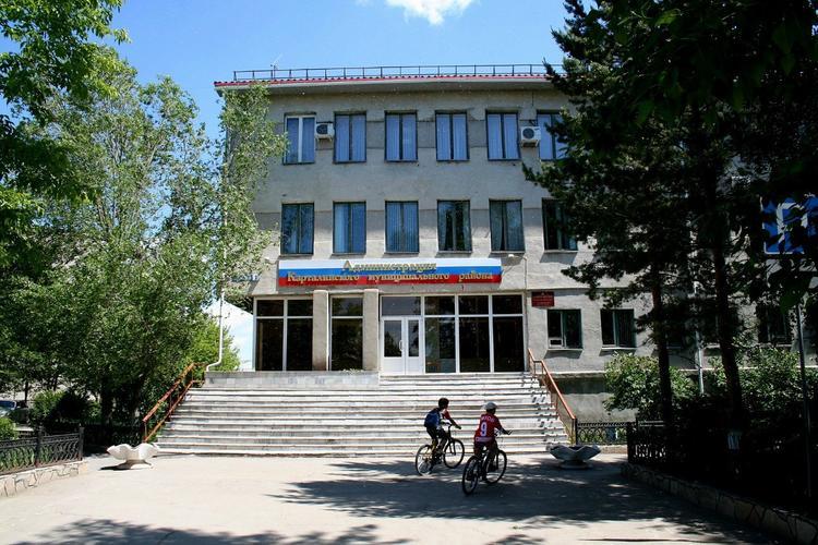 Депутаты подтвердили добровольную отставку главы Карталинского района