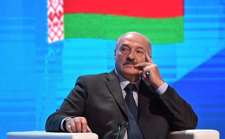 Лукашенко сообщил о намерении Зеленского решить конфликт в Донбассе