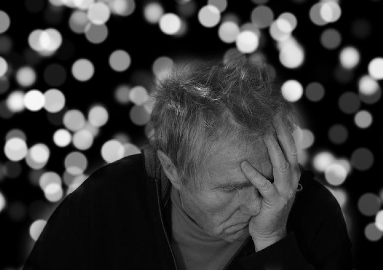 Ученые рассказали, что образование защищает от болезни Альцгеймера