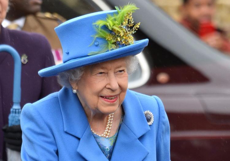 Источник раскрыл маленький секрет королевы Елизаветы II, от которого в ужасе врачи