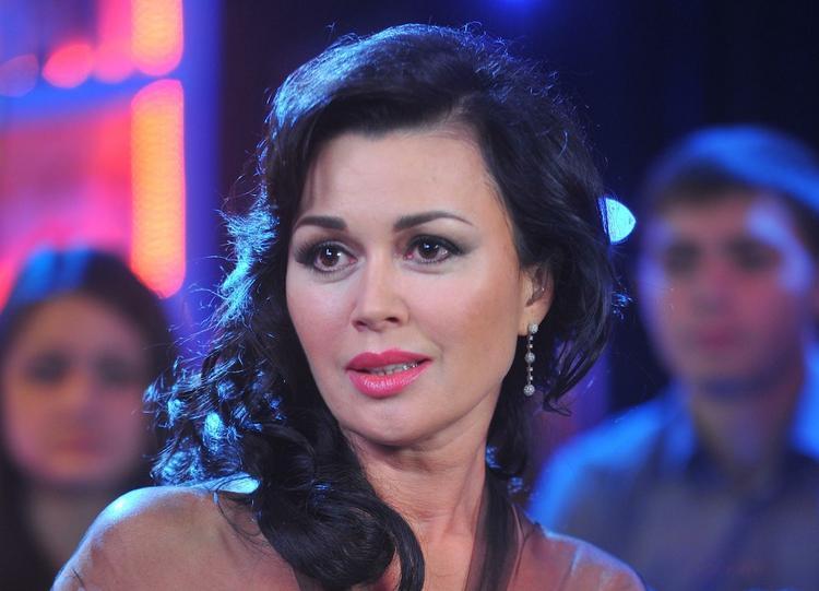 Семья Заворотнюк прокомментировала сообщения о ее предкоматозном состоянии