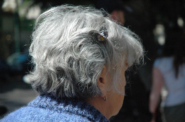 Медики рассказали, от чего зависит скорость старения человека