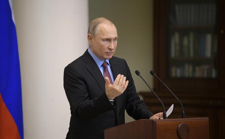 Путин: Зеленский не может обеспечить развод боевых сил в Донбассе