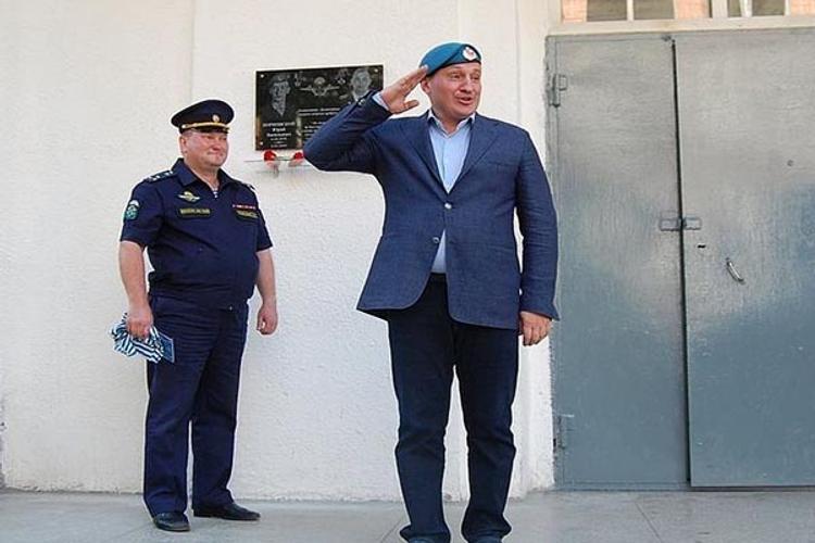 А фейк его знает! Губернатор Волгограсдкой области празднует юбилей