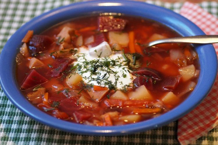 Шеф-повар заявил, что борщ – не украинское блюдо