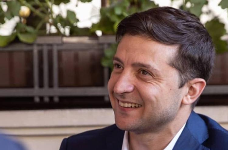 Зеленский разрешил еще двум ведомствам вести прослушку