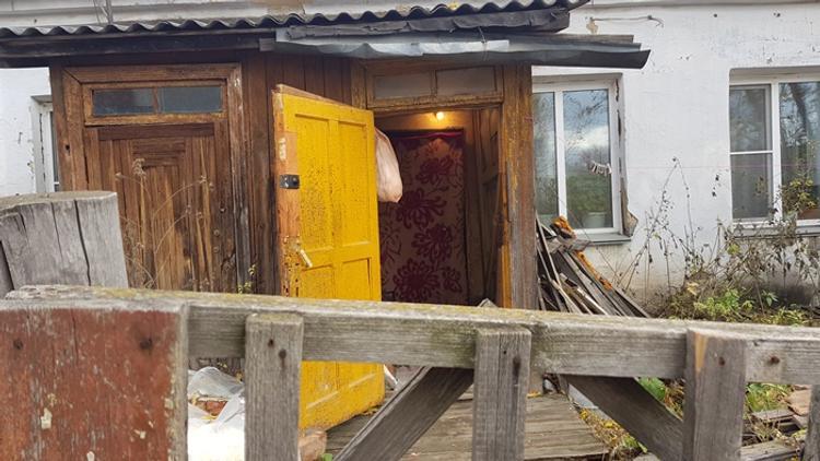 Анатолий Литовченко поможет расселить аварийное жилье