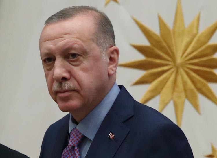 Эрдоган: Турция продолжит операцию в Сирии, если США не сдержат обещание