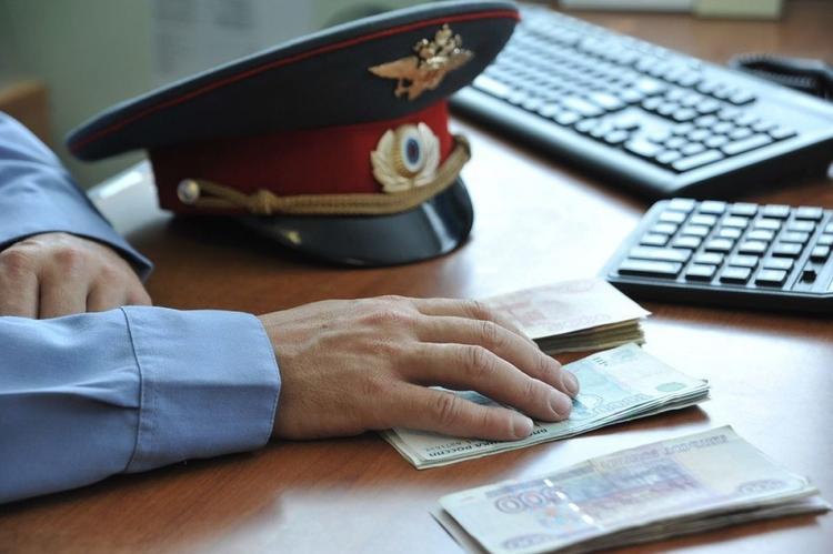 Взятки, вымогательства, коррупция. ФСБ задержала руководство целого отдела полиции «Дорогомилово»