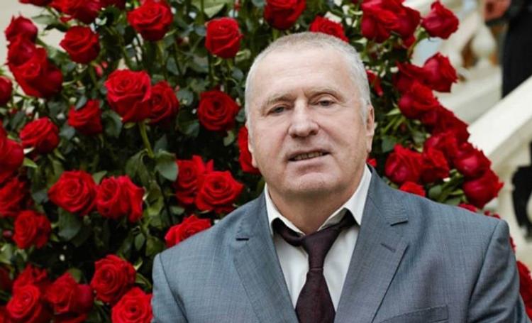 Жириновский предложил разрешить многоженство в России