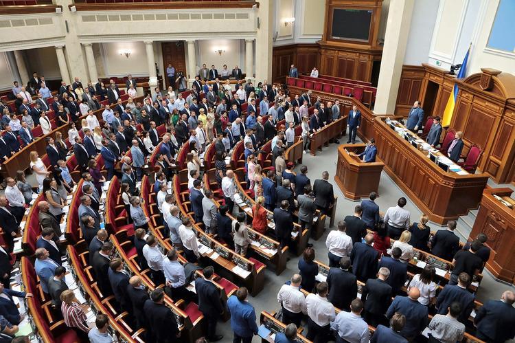 Бывший украинский депутат раскрыла настоящего «хозяина» самой большой фракции в Раде