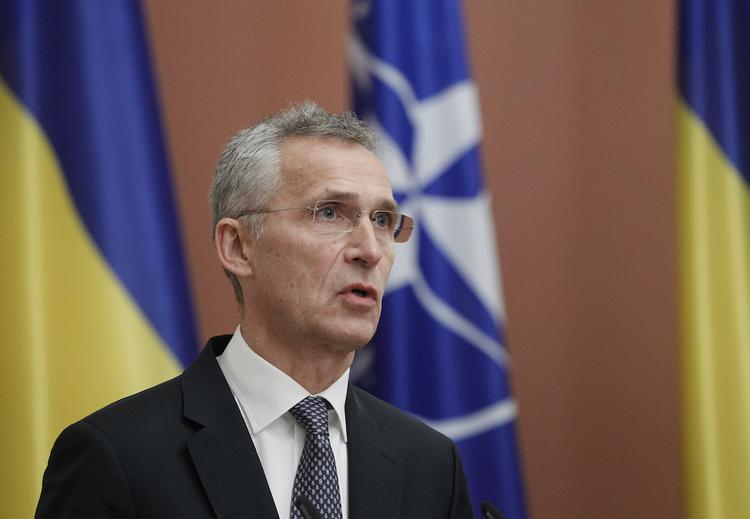 Генсек НАТО признался, что Зеленский вдохновляет его