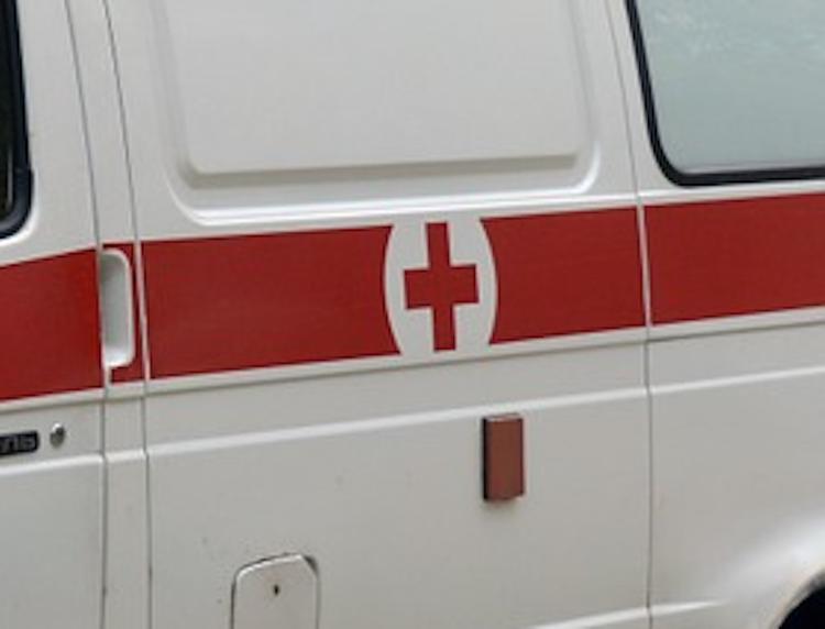 СМИ: тела двух человек нашли в подъезде многоэтажки в Санкт-Петербурге