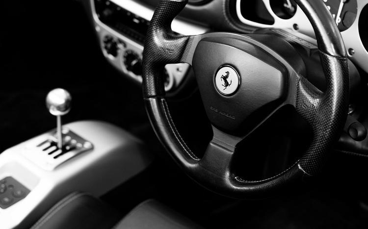 Продажи новых автомобилей Ferrari в России  в этом году выросли на 8%
