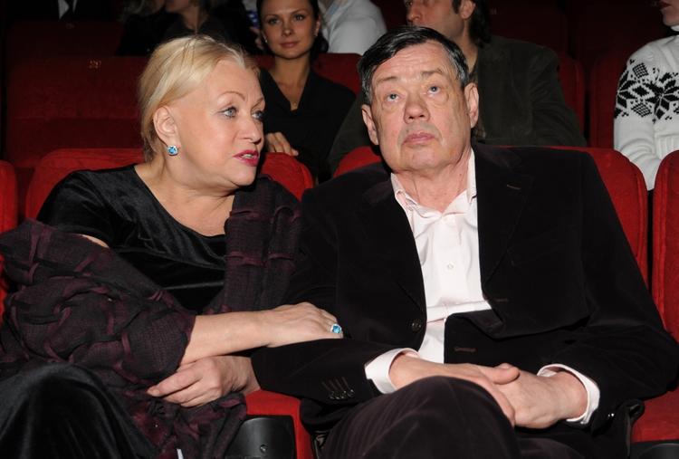 Внучка Караченцова рассказала об обещании, которое дала актёру перед смертью