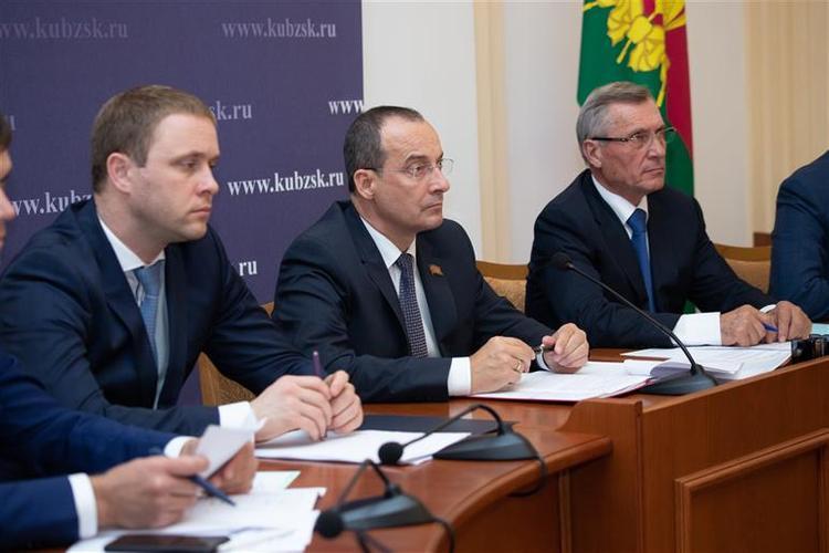 Депутаты обсудили перспективы развития малого и среднего бизнеса