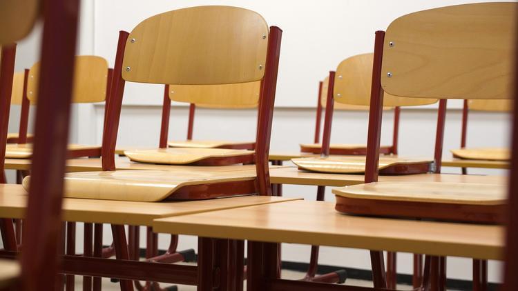В новосибирской школе запретили чаепитие после  унижения девочки