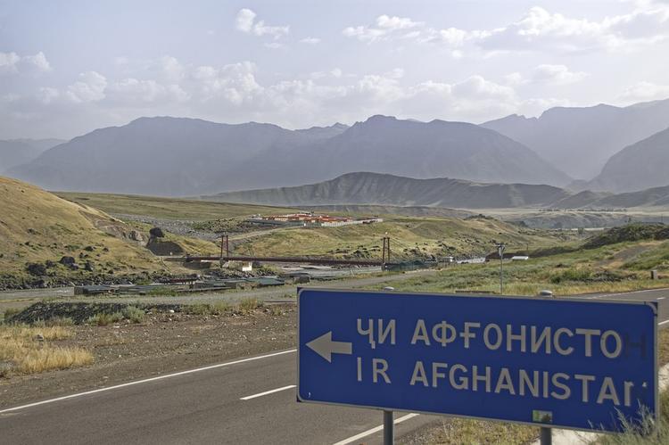 В Таджикистане 15  боевиков уничтожены  при нападении на погранзаставу в 60 км от Душанбе
