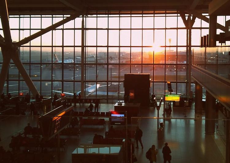 В голландском аэропорту Схипхол объявлена чрезвычайная ситуация