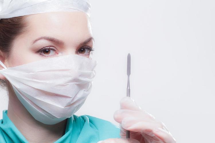 Медики прогнозируют рост спроса на пластические операции