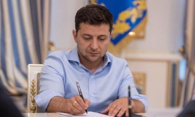 Юморист Зеленский назначил главой СБУ Крыма Нетужилова